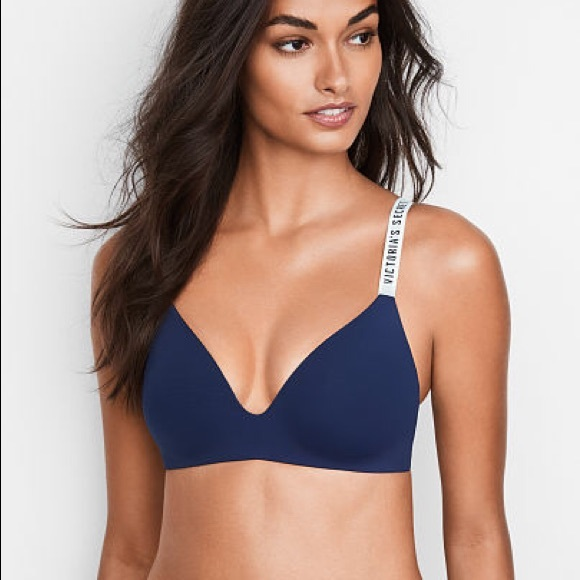 dffef4a9c0148 💞Victoria s Secret T-SHIRT Wireless Bra in NAVY. M 5bd2a71d9fe486f50ac37040